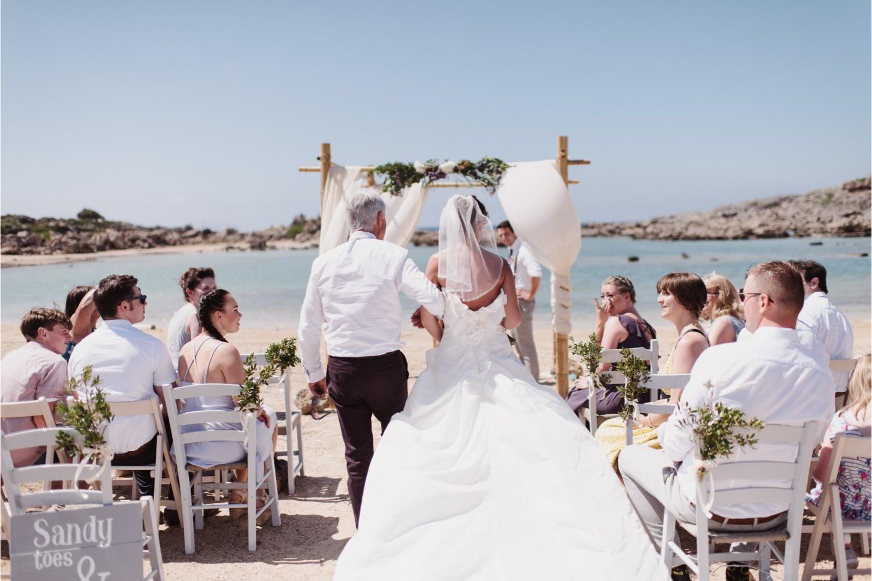 beach wedding ceremony in Crete